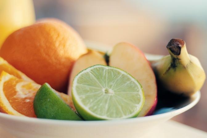 healthy-apple-fruits-orange.jpg