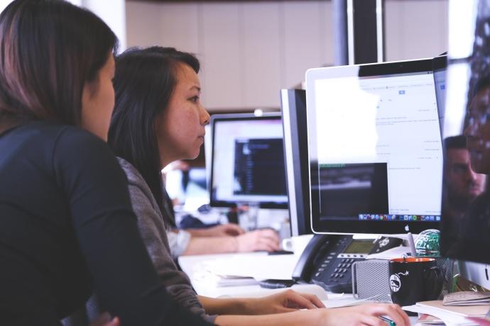 5-wanita-indonesia-yang-sukses-di-bidang-teknologi