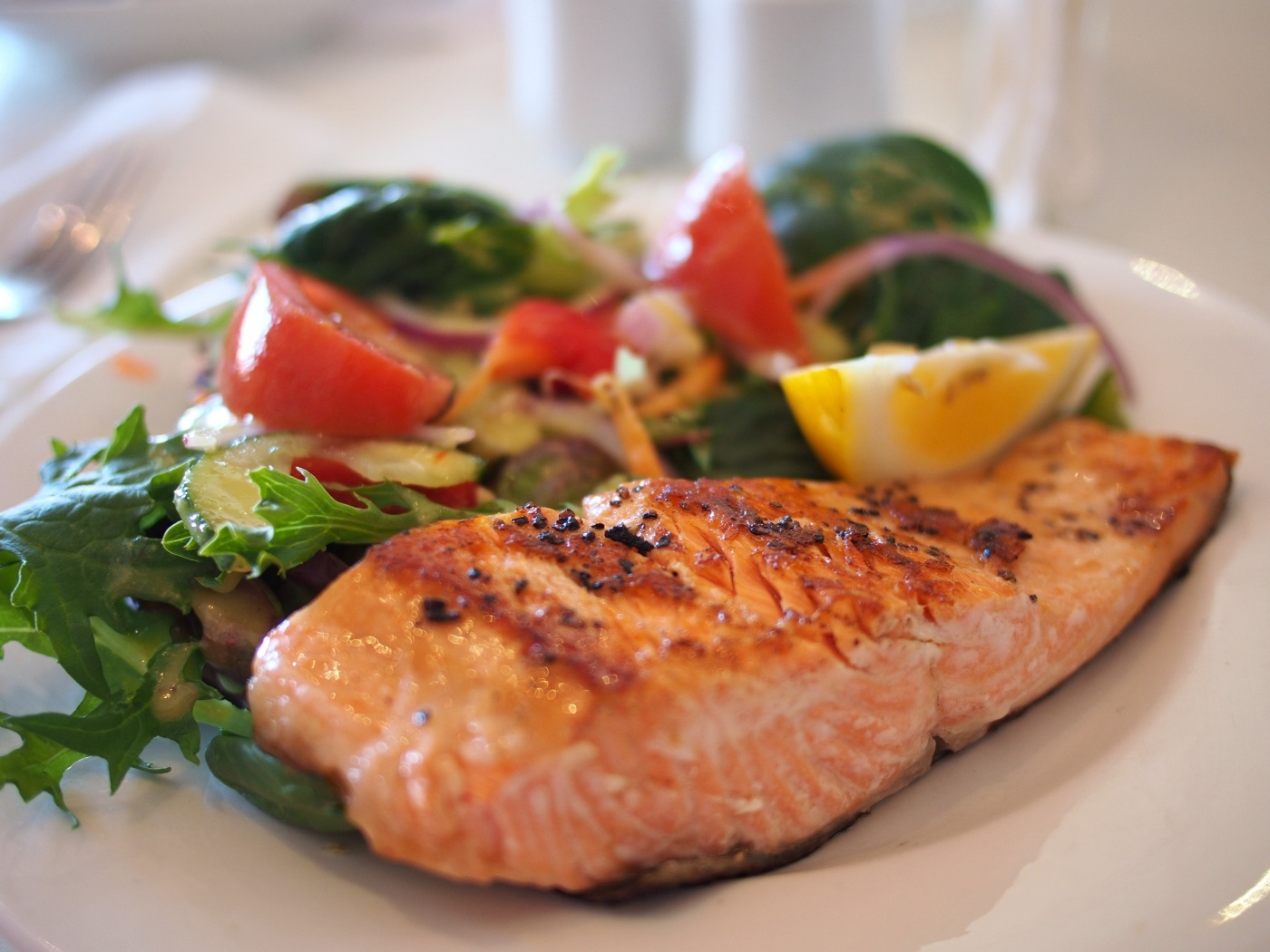 Makan yang cukup, sehat dan bergizi.jpeg