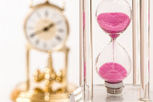 Pekerjaan terlalu memforsir tenaga dan tekanan kerja yang terus membesar