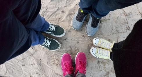 Pilih sepatu yang paling nyaman